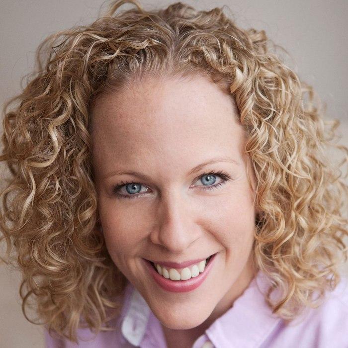 Julia Montague, Specialist Voice & Presentation Coach
